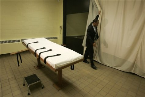 Image: The death chamber at the Southern Ohio Corrections Facility in Lucasville, Ohio
