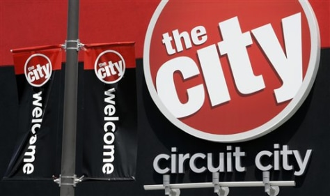 Image: Circuit City signs