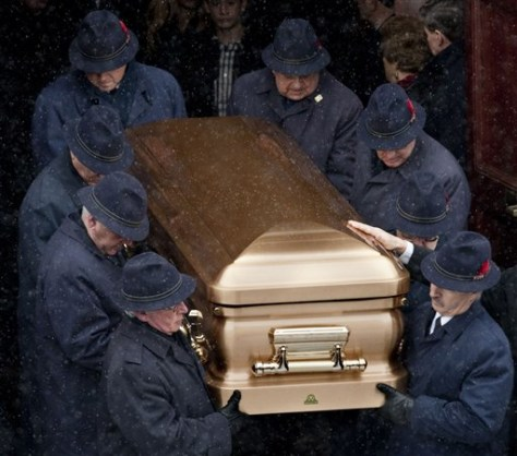Image: Mobster's son's funeral
