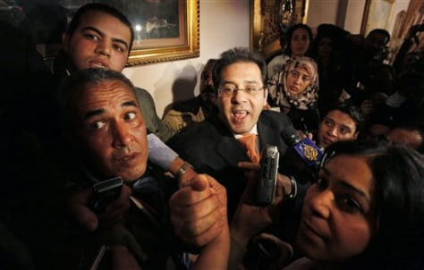 Mideast Egypt Dissident Released