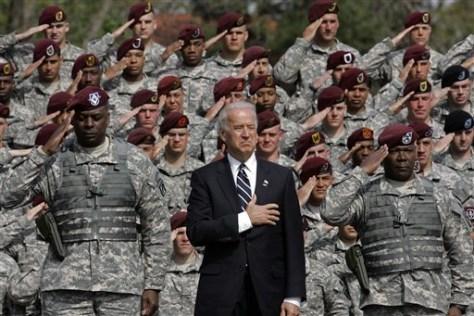 Image: Biden, troops
