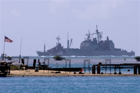 Image: USS Port Royal runs aground