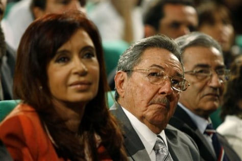 Image: Cristina Fernandez, Raul Castro