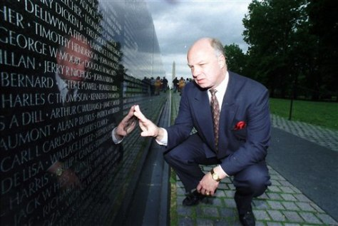 Image: John Wheeler III at the Vietnam Veterans Memorial