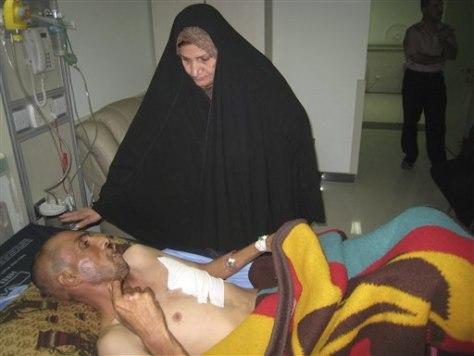 Image: Wounded Iraqi