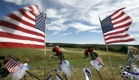 Image: Flags at the temporary Flight 93 memorial