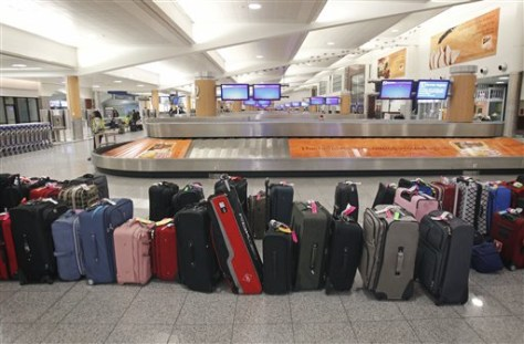 Image: Luggage at Atlanta's Hartsfield-Jackson International Airport
