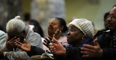 Image: Spring Valley residents pray