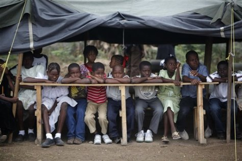Image: Haitian children await school inauguration