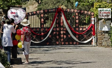 Image: Neverland Ranch