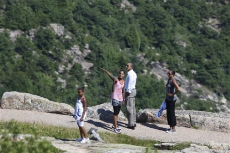 Image: Obamas on vacation
