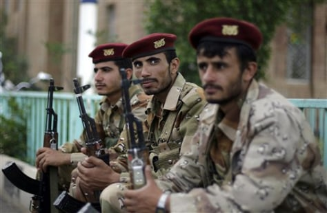 Image: Yemeni army soldiers