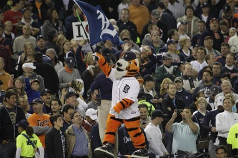 Image: Detroit Tigers mascot rallies the crowd