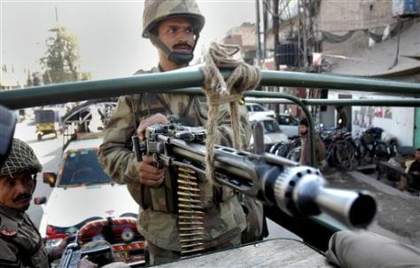 Image: Pakistani soldiers