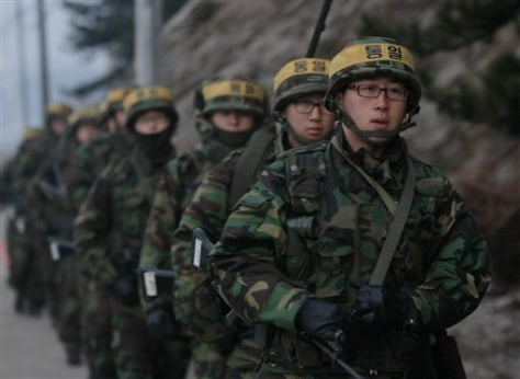 Images: South Korean marines on Yeonpyeong island