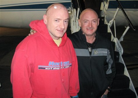 Image: Scott Kelly, Mark Kelly