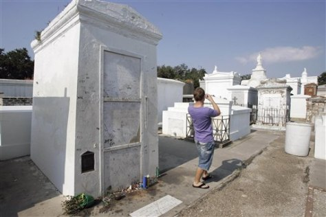 Image: St. Louis Cemetery No. 1