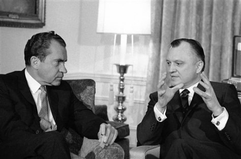 Walter Hickel, Richard Nixon