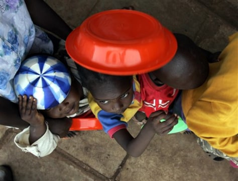 Image: Displaced Kenyan children