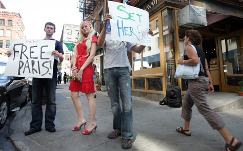 "Supporters Rally To ""Free Paris Hilton"""