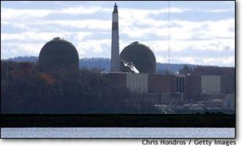Image: Senator Hillary Rodham Clinton Visits Power Plant