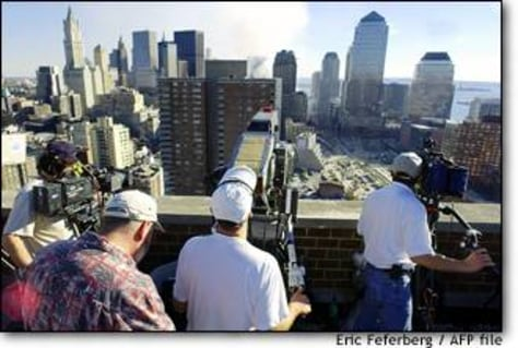 Image: Us-attacks-rooftop