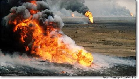 Image: Kuwaiti oil wells on fire