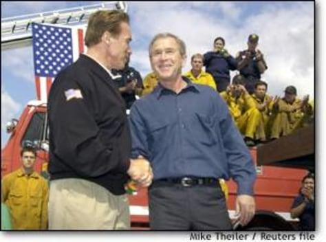 Image: President Bush, Schwarzenegger shake hands
