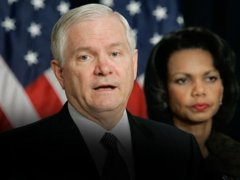 Image: Condoleezza Rice and Robert Gates