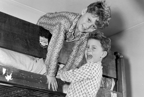Study Younger Siblings Face Higher >> The Plight Of The Older Sibling Health Children S Health Nbc News