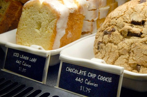 Restaurant menus to display calorie counts photo