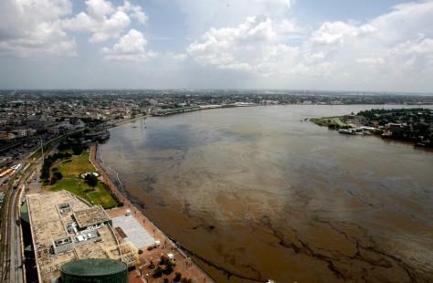 Image: Mississippi River spill