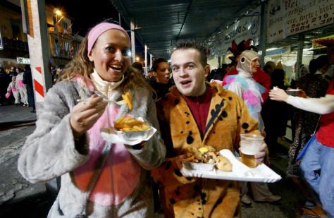 Image: Residents celebrate Viareggio Carnival