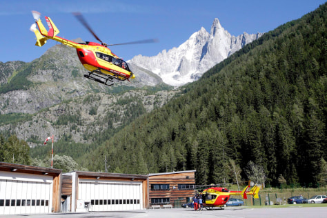 Image: Search helicopter in Chamonix