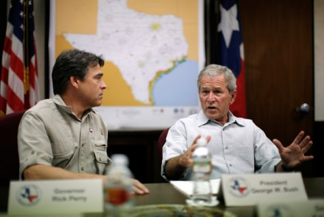 Image: Bush at a Hurricane Gustav briefing