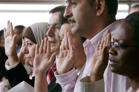 Image: Immigrants take the oath
