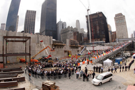 Image: 9/11 ceremony in 2008