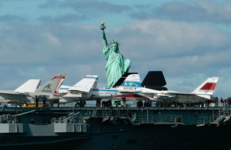 Image: Intrepid Museum Returns To Its Manhattan Berth