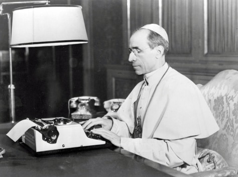 Benedict XVI defends Pius XII over Holocaust