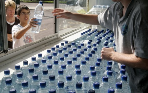 Image: Bottled water