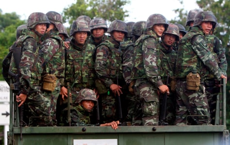 Image: Thai soldiers on a military truck