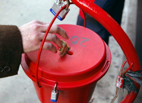 Salvation Army Kicks-Off Holiday Bell Ringing Season