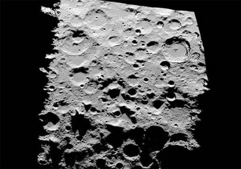Image: Moon craters