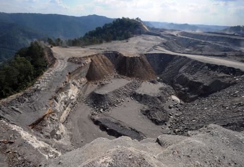 Image: Mountaintop removal mine site