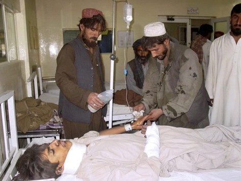 Image: Earthquake victim in Pakistan