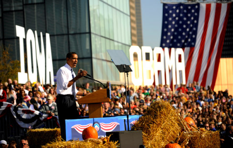 Iamge: Barack Obama in Des Moines