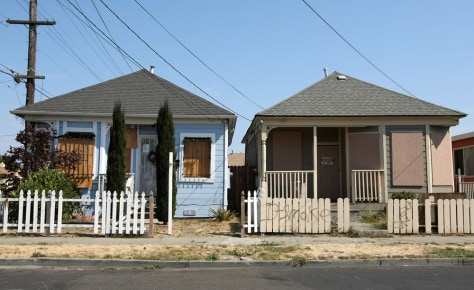 Image: Foreclosed homes
