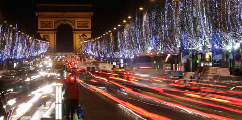 Image: Christmas Lightings in Paris