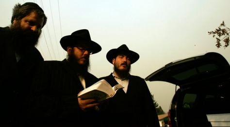 Image: Rabbis at the wildfire in Running Springs, Calif