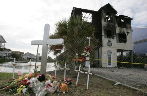 Image: Burned beach house